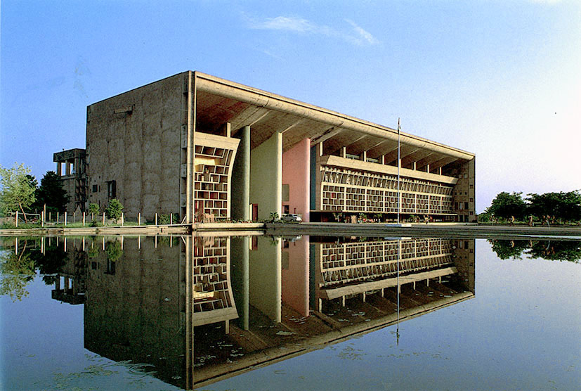 Intro >> An example of Modern architecture in India: